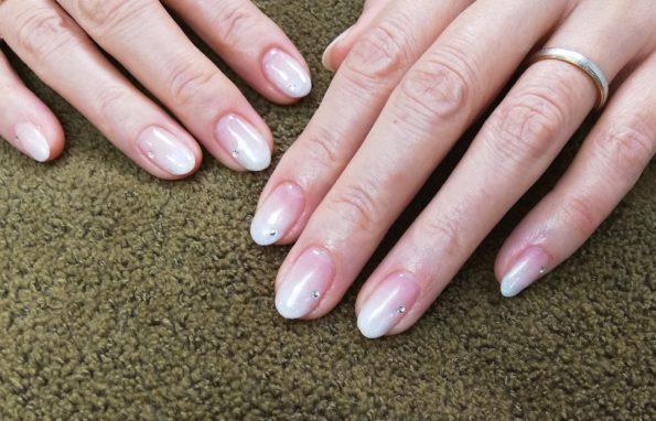 グラデーション ジェル 白 white  crystal クリスタル スワロフスキー シンプル ウェディング